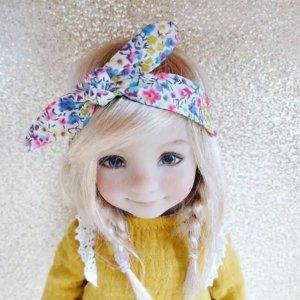 pret-à-porter poupée blonde