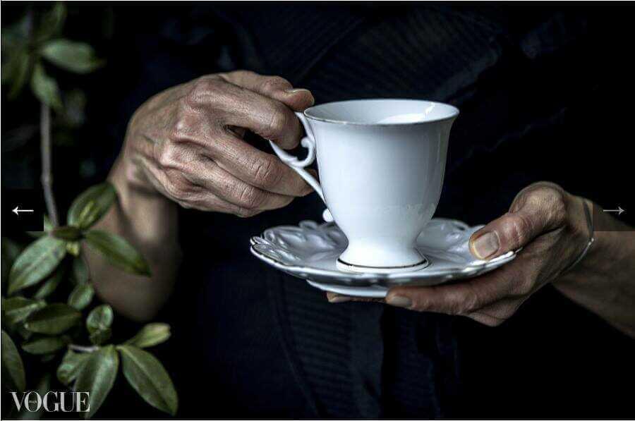 tasse et mains